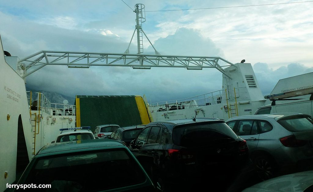 Double ended car ferry with opened parking deck